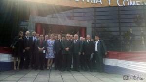 Recepção pelo Ministério das Indústrias e Comércio do Paraguai.